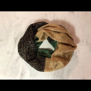 NWOT Soft, Sequined, Warm, Infinity Scarf